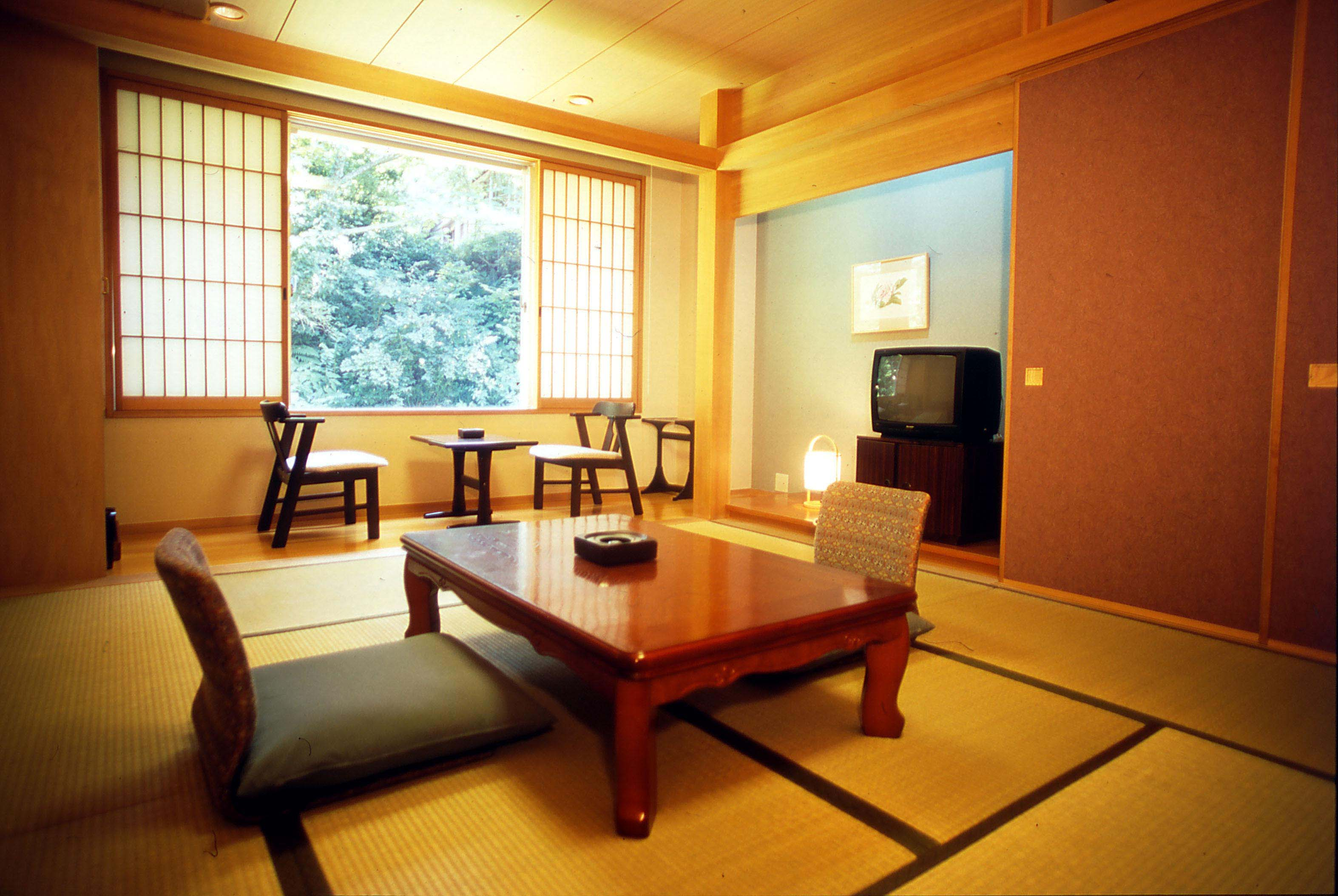 鳥取県西伯郡大山町大山136-2 ホテル大山しろがね -03
