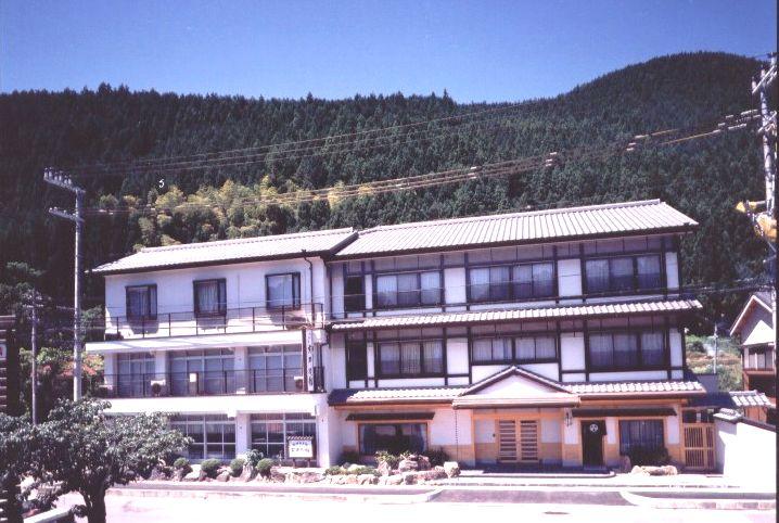 和歌山県田辺市龍神村西9-2 丸井旅館 (まごころの宿 丸井) -01